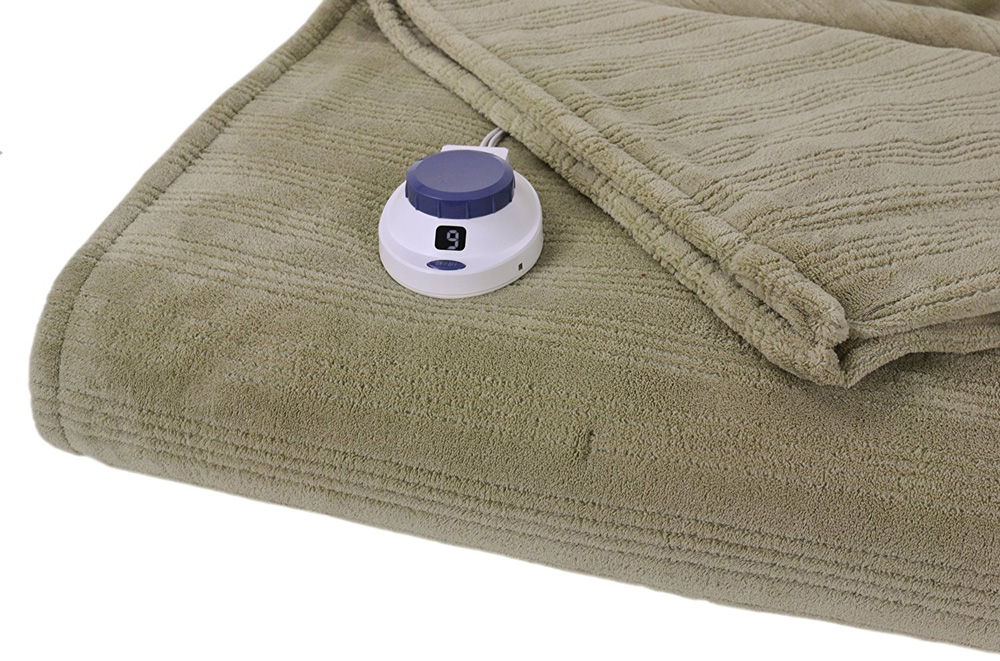 Serta Luxurious Low-Voltage Triple-Rib Heated Blanket