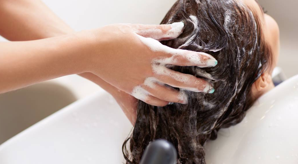 What Happens If You Condition Your Hair Before Shampooing?